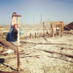 Shoulder mount with nowhere to go (Sunken Trailer Park in Bombay Beach on The Salton Sea)